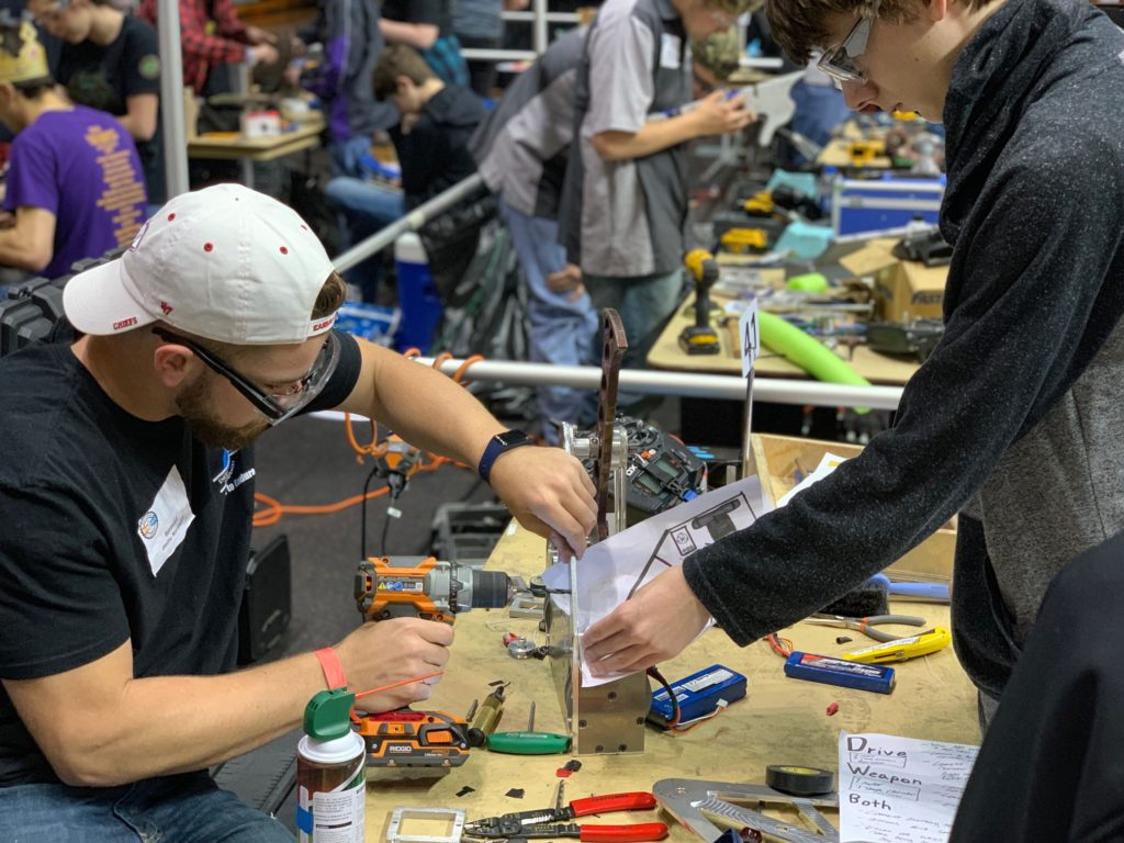 alliantgroup Volunteers Saw Sparks Fly at the 2019 National Robotics League National Championships.